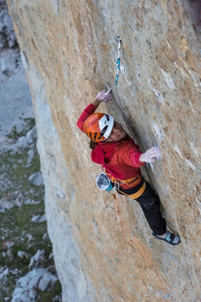 Cédric LACHAT and Nina CAPREZ climb Orbayu,Naranjo de Builnes,